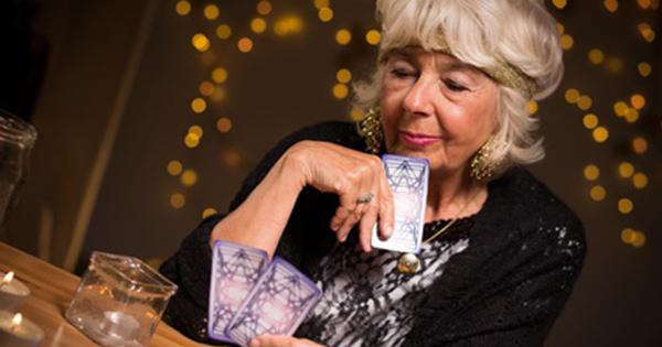 Tarot jeu de 32 cartes